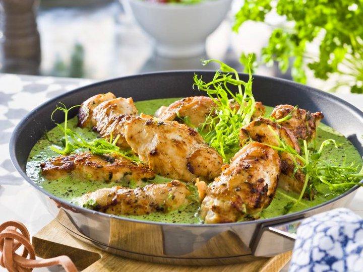 Kyllingrulader med grønn saus