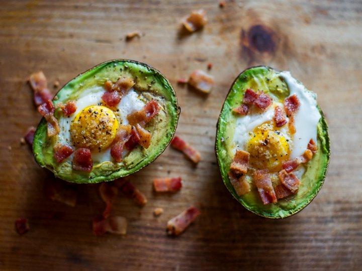 Baked-egg i avokado