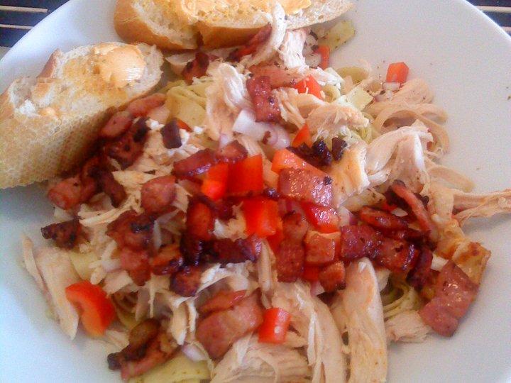 Pastasalat m/ kylling og bacon
