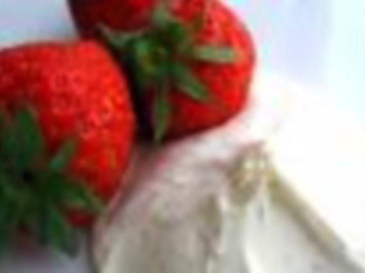 Balsamicomarinerte jordbær og Mascarponekrem