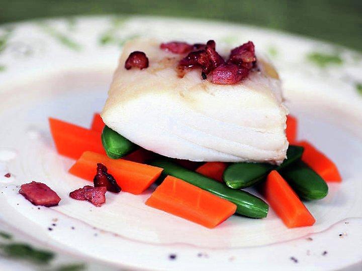 Kokt tørrfisk med grønnsaker