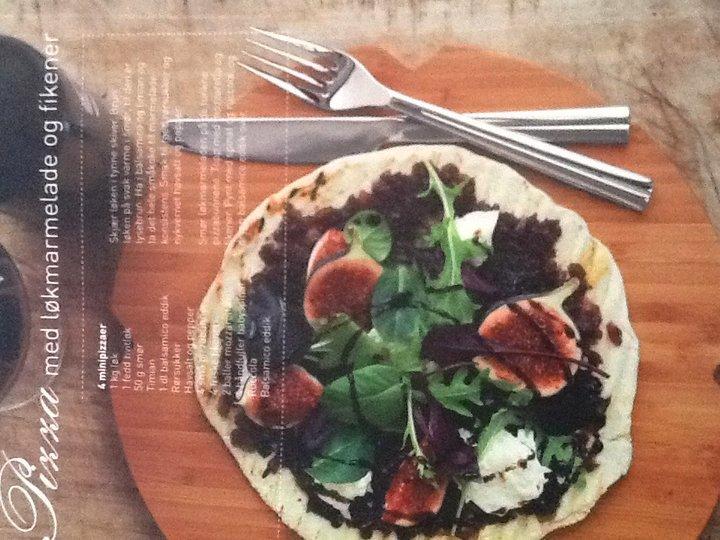 Pizza med løkmarmelade og fikener
