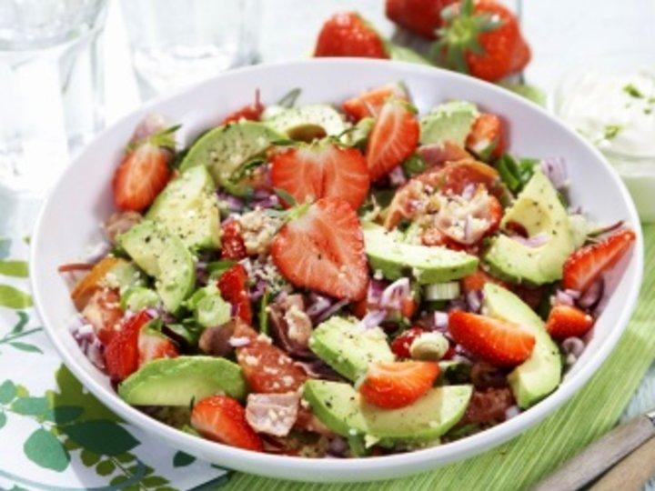 Couscoussalat med jordbær og avokado