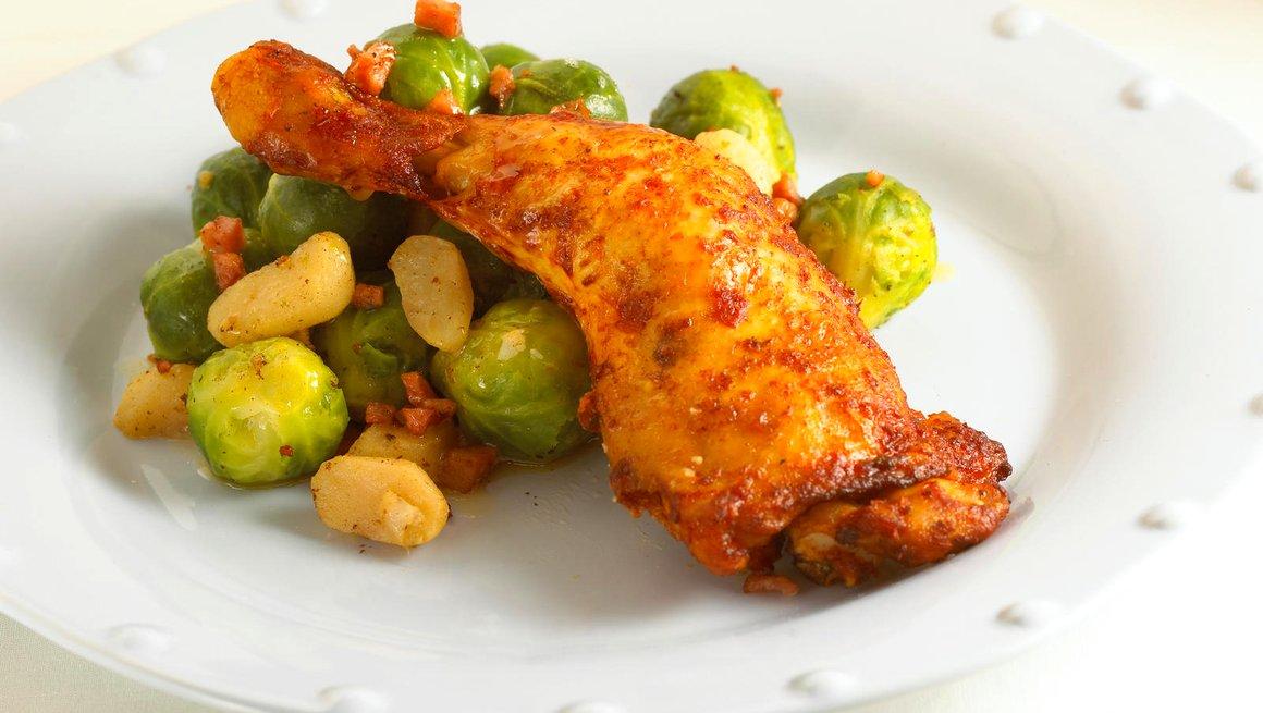 Kyllinglar-med-vannkastanjer-og-rosenkal-4143-12