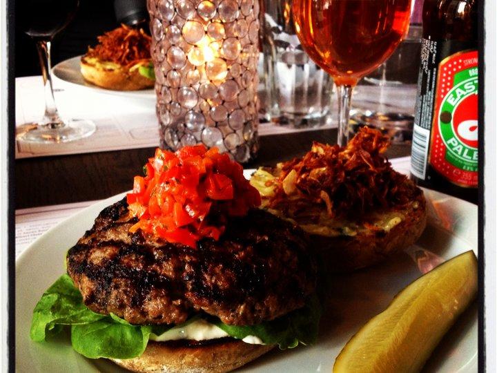 Dögnvill bar & burger