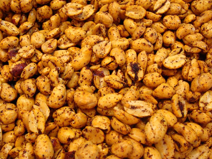 Varme peanøtter med pepper