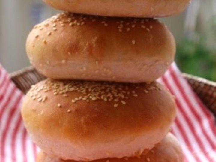 Hamburgerbrød med smør