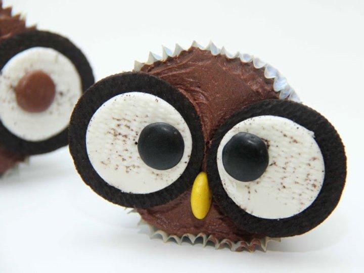 Ugle Cupcakes