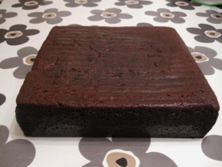 Sjokoladekake 30x30 cm