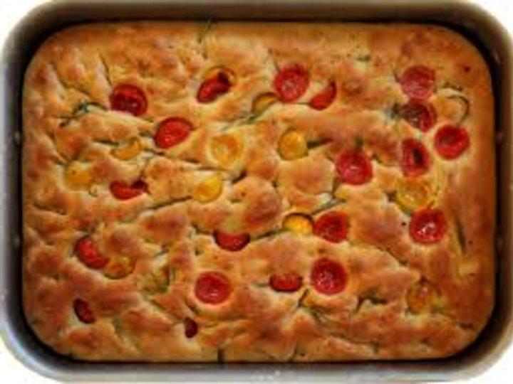 Foccacia italiensk brød