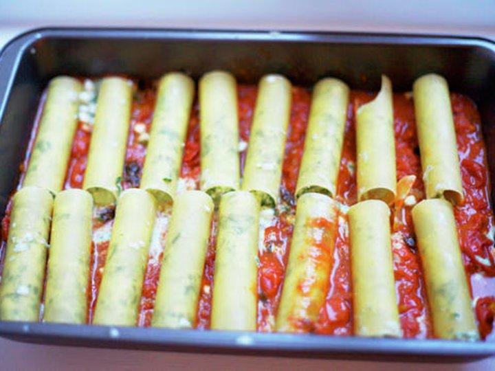 Cannelloni med spinat- og ostefyll