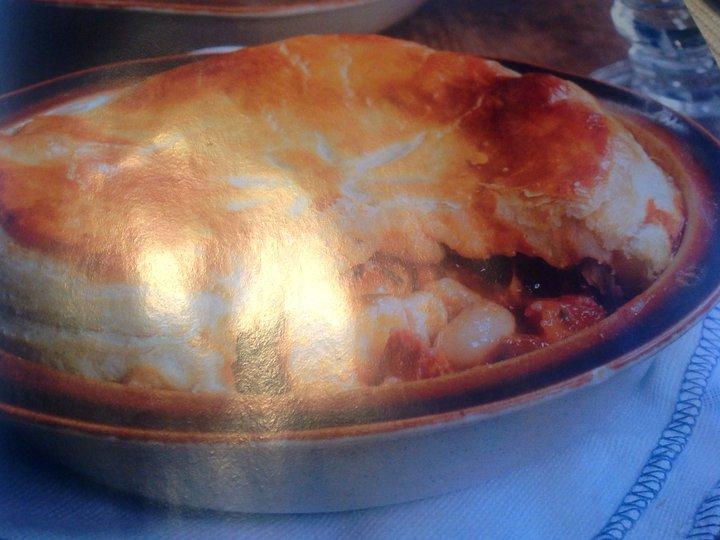 Pai med oksekjøtt og chorizo