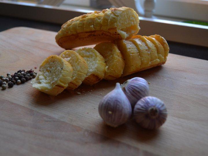 Glutenfrie hvitløksbaguetter