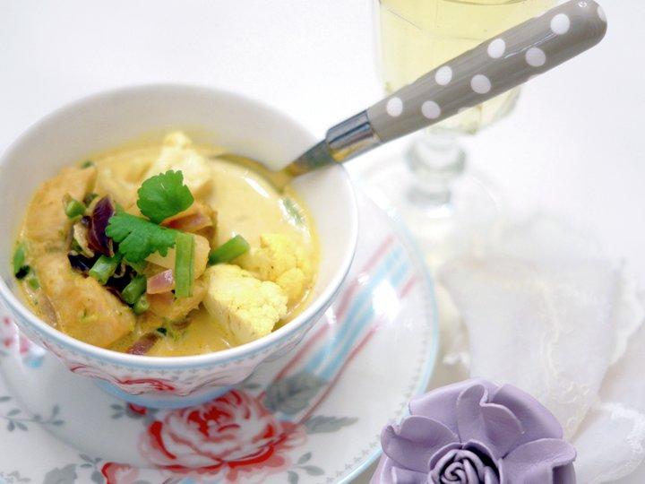 Kylling i kokos- og currysaus