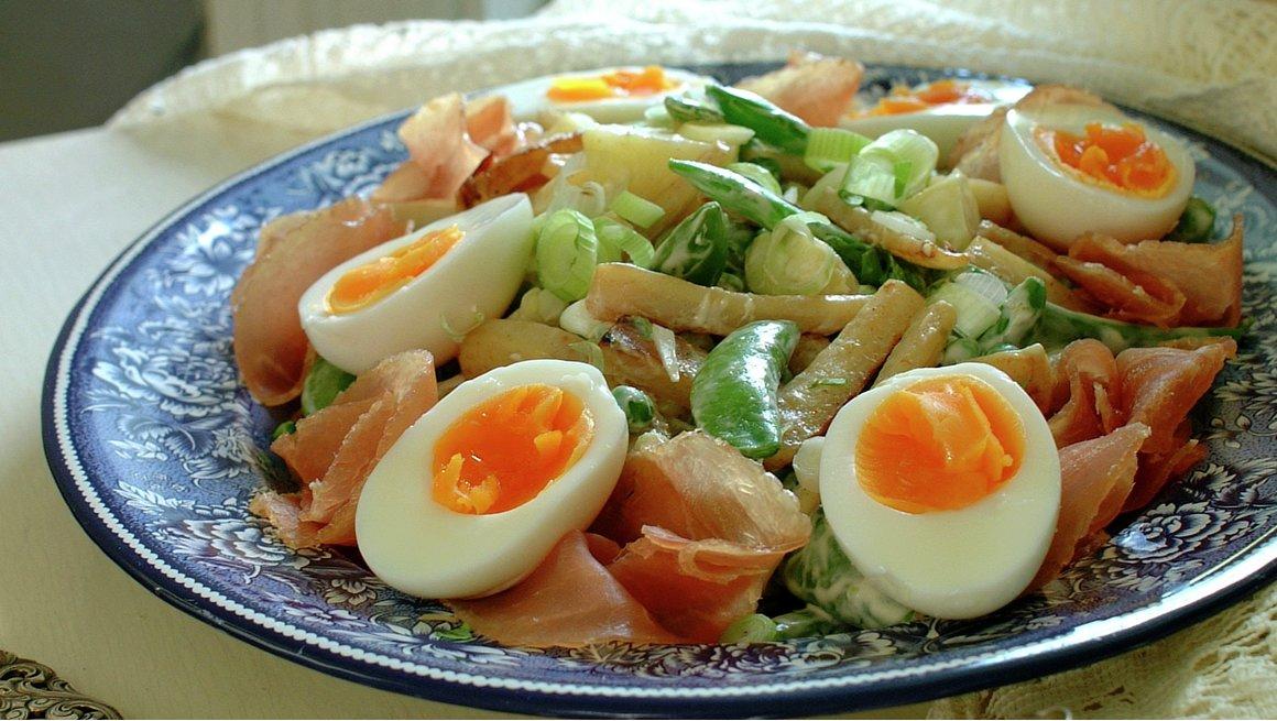 Middagssalat med egg
