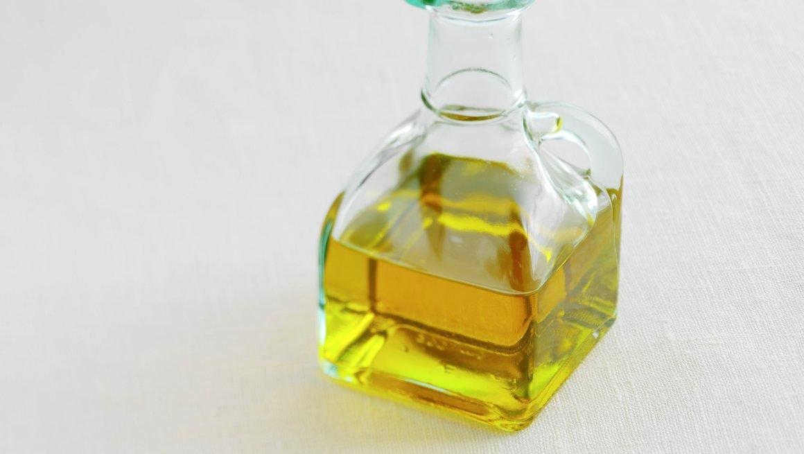 Olje i karaffel