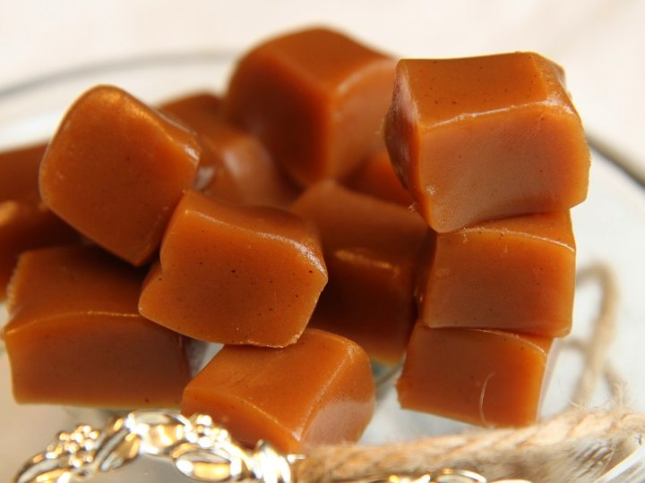 Fløtekarameller med smør og vanilje