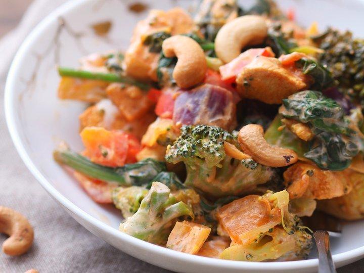 Kremet wok med quorn og cashewnøtter