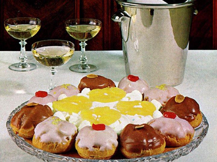 Gâteau Saint-Honoré – Fransk Mørdeigskake Med Vannbakkels