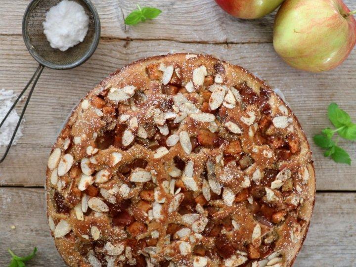 Saftig og sukkerfri eplekake