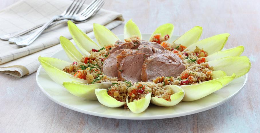 Couscous- og gresskarsalat med indrefilet av svin.jpg