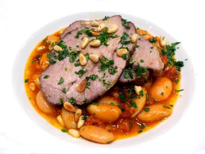 Langtidsstekt svinenakke med chorizo