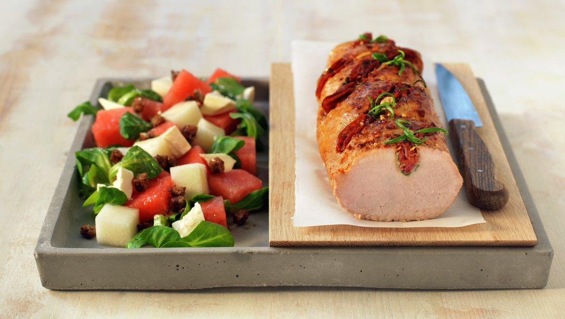 Helstekt ytrefilet av svin med chorizo og rosmarin