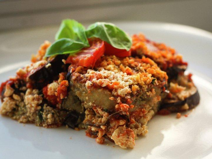 Saftig lasagne med brødkrisp