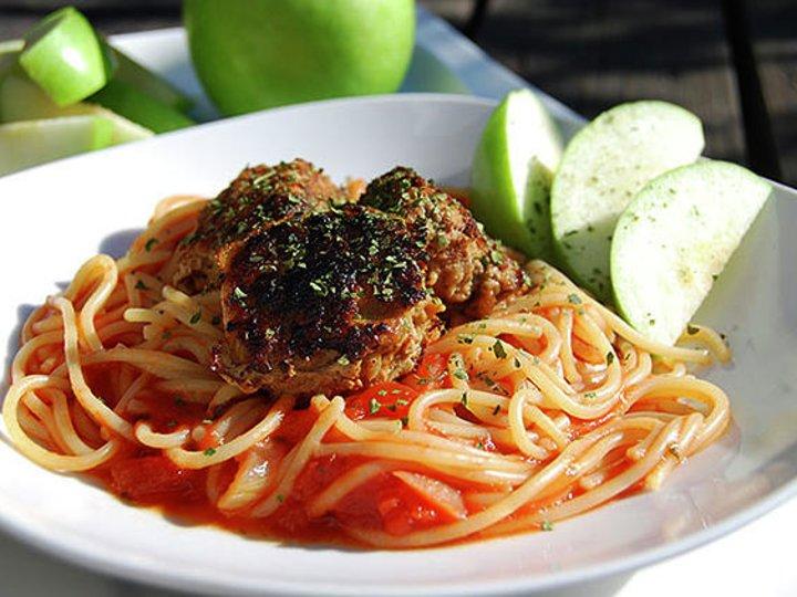 Spaghetti og kjøttboller