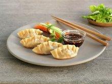 Asiatiske dumplings med dip