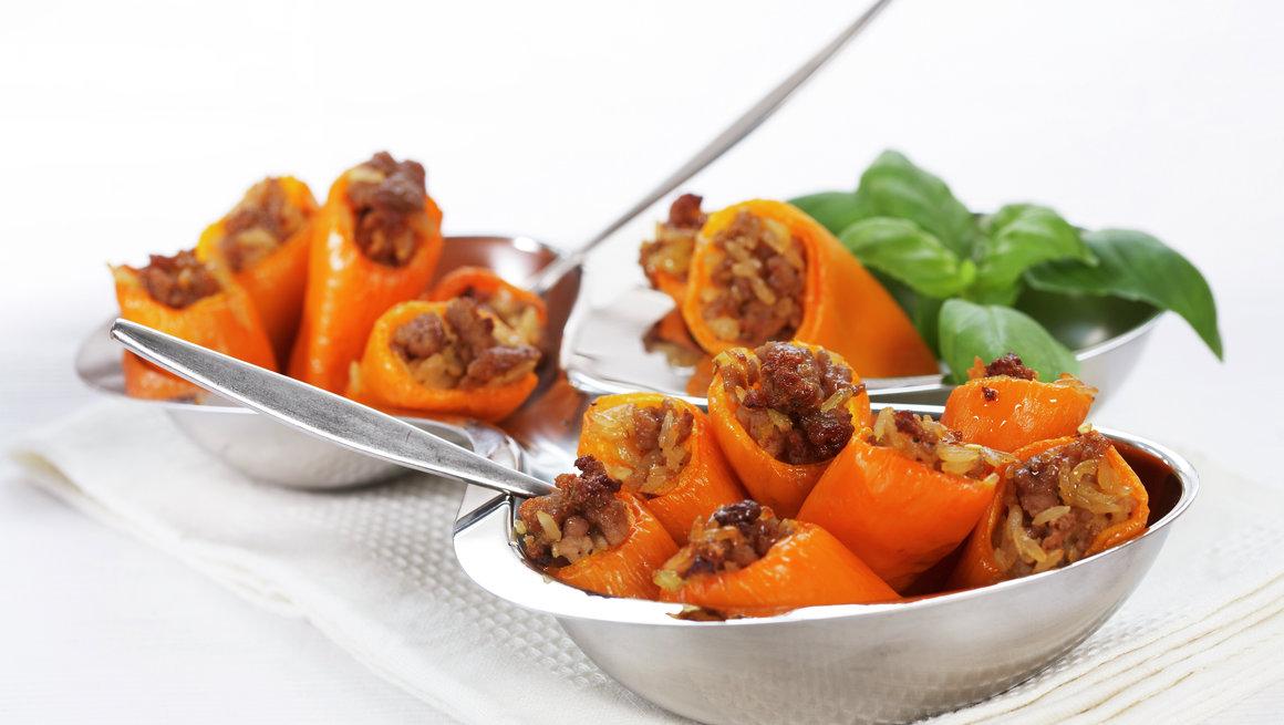 Fylt paprika med ris og karbonadedeig