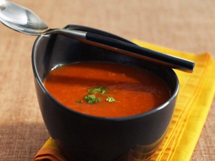 Sunn tomatsuppe med karbonadedeig