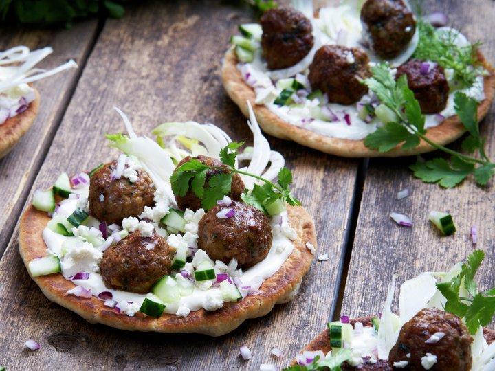 Pitabrød med lammekjøttboller