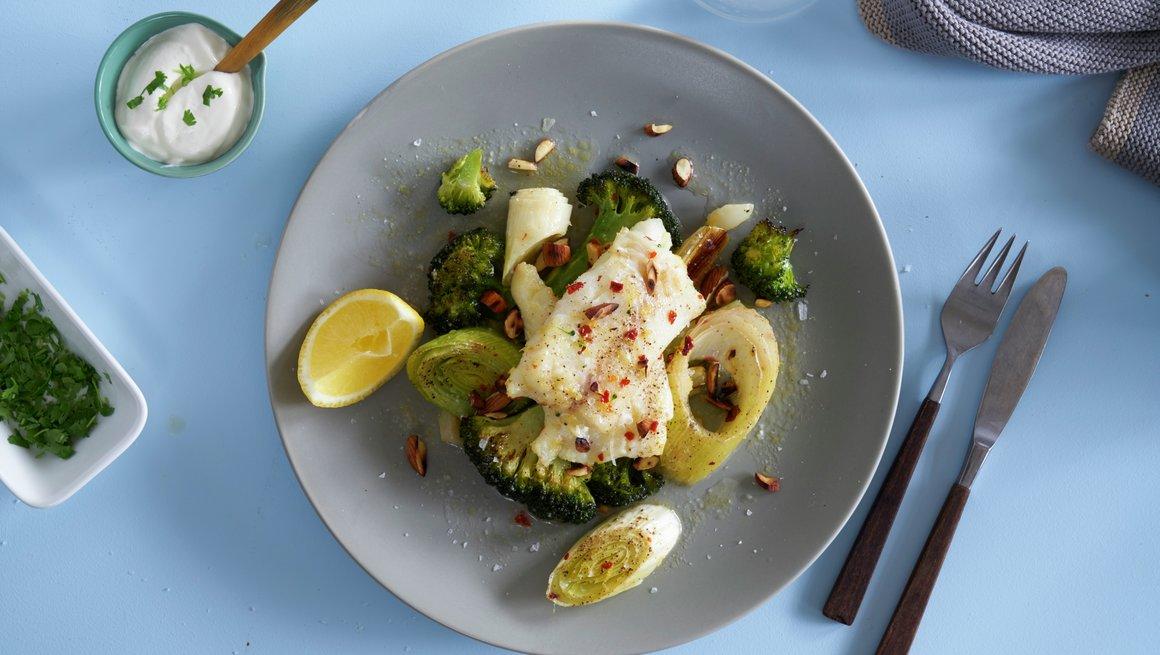 Ovnsstekt torsk med brokkoli og purre