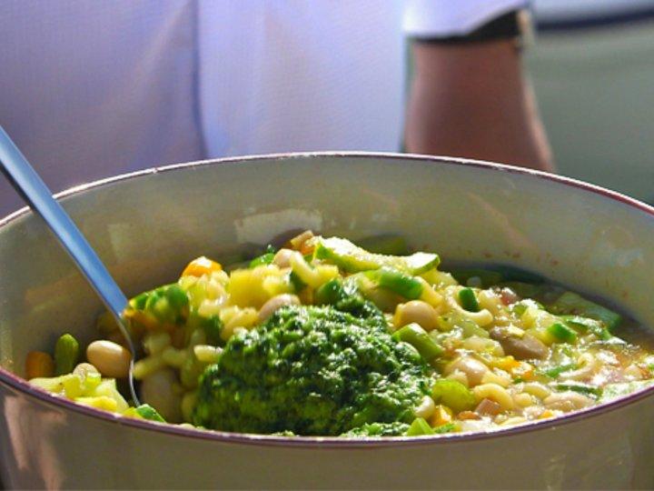 Fransk grønnsaksuppe - Soupe au pistou