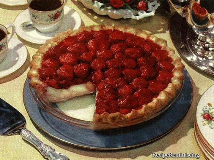 Jordbær Og Vaniljesaus Pai