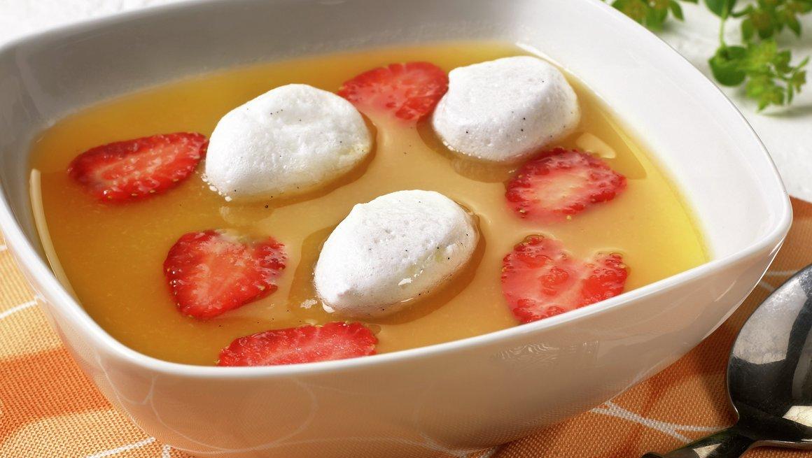 Aprikossuppe med snøegg