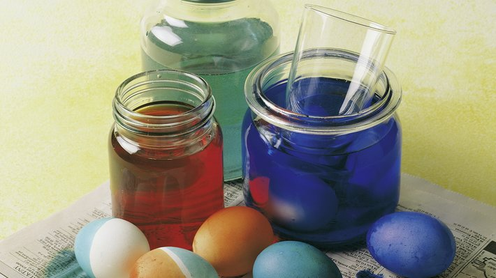 Egg i fargebad