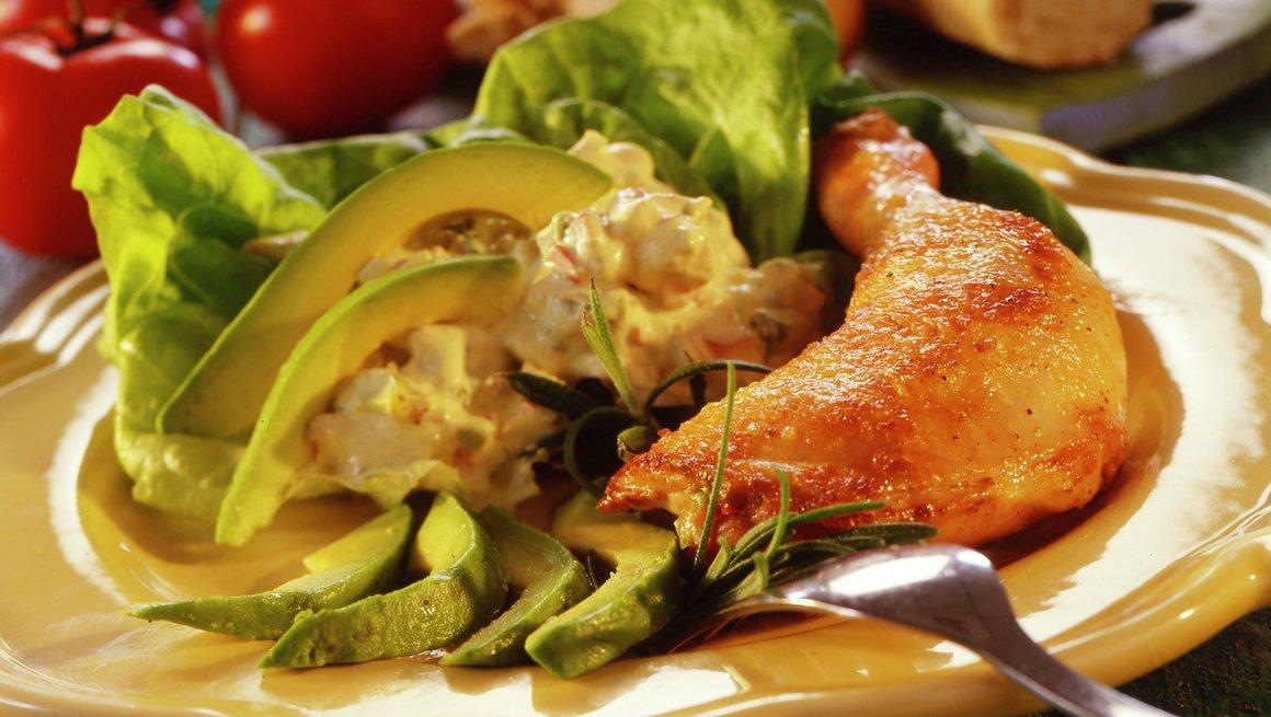 Kyllinglår med avokadosalat