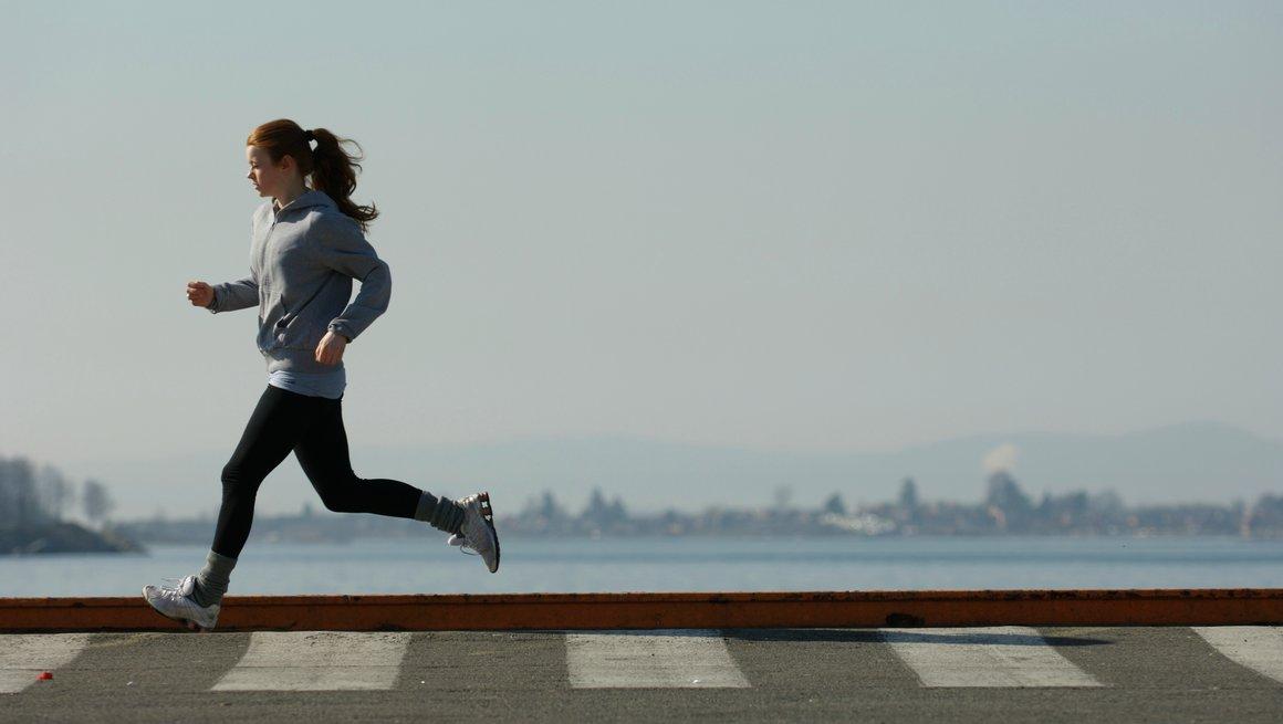 Jente jogger