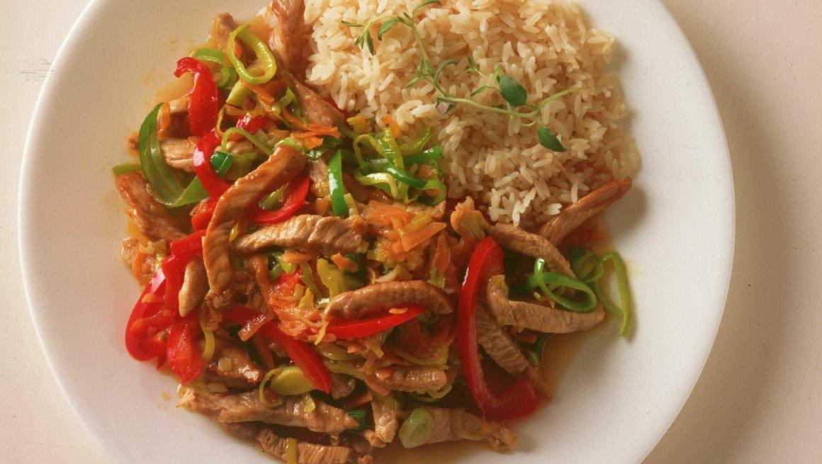 Svinekjøtt i wok