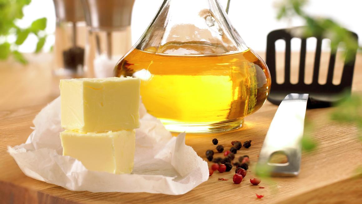 Olje og smør til steking