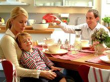 Familie på kjøkken 5