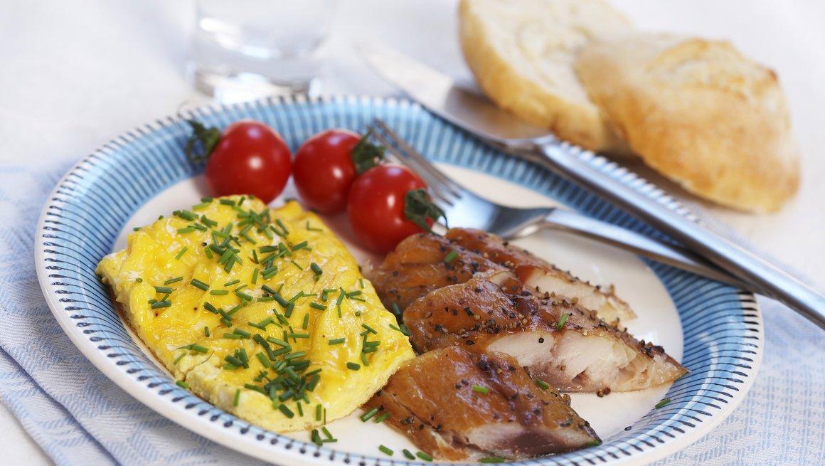 Eggerøre med peppermakrell