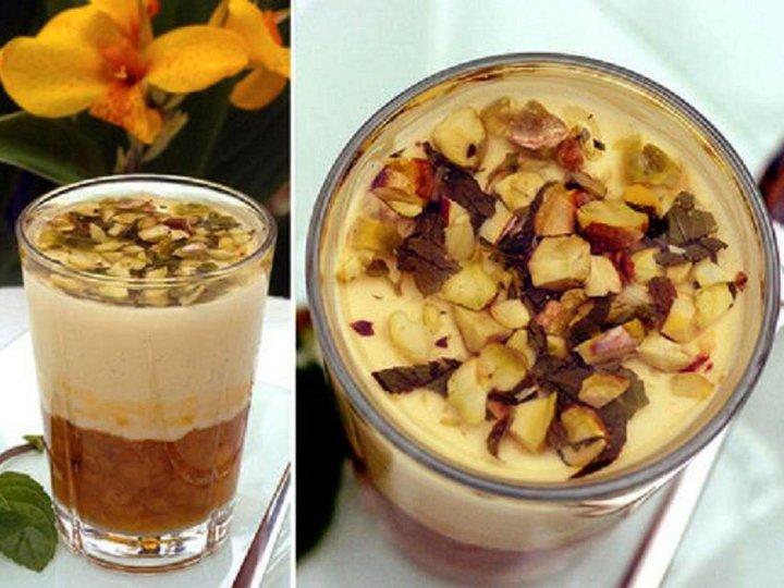 Panna cotta med vanilje og molter