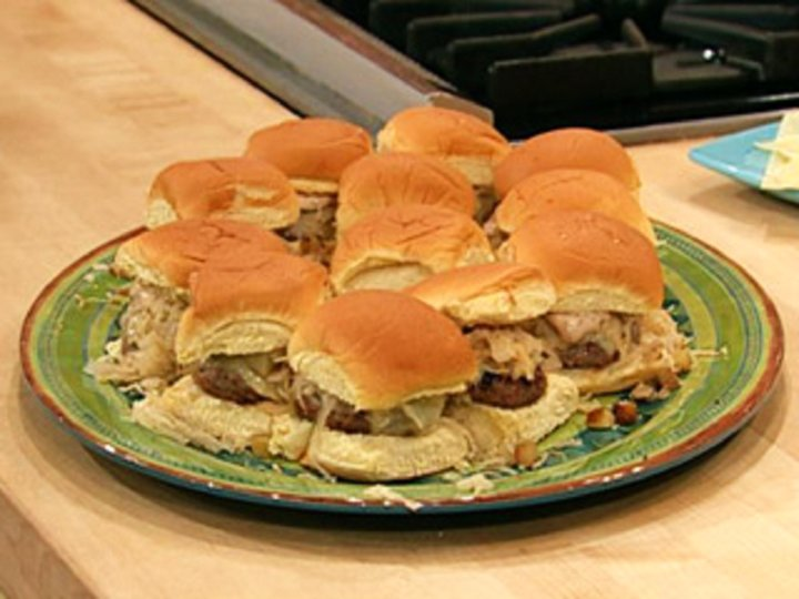 Miniburger med surkål