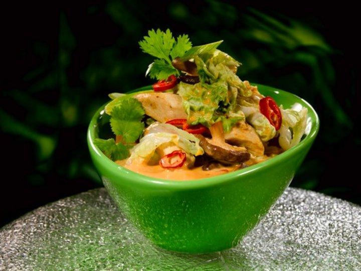 Asiatisk kyllingsuppe