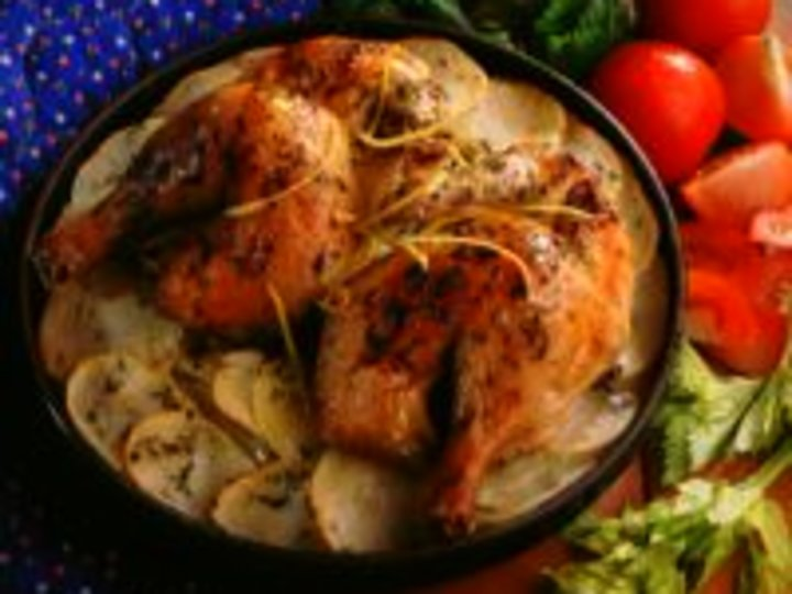 Ovnsbakte kyllinglår på potetseng