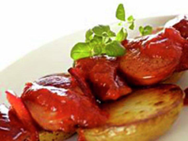 Pølsespidd med ovnsstekte poteter