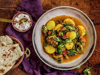 Indisk krydret lammekjøttdeig med poteter